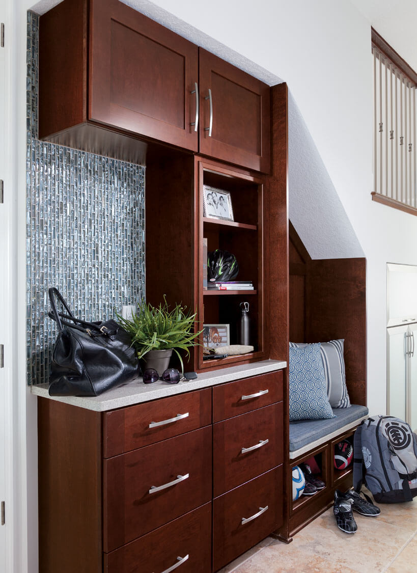 Foyer Storage Zone : Drop zone ideas for the new mud room